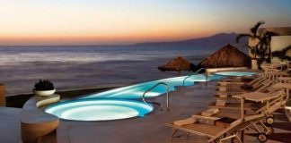 The Infinity Jacuzzi at Grand Velas, Riviera Nayarit