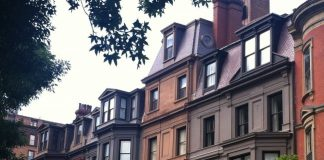 Gorgeous architecture along Commonwealth Avenue.