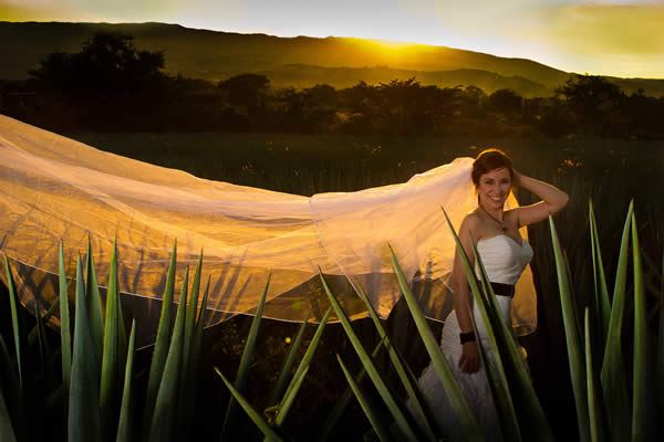 The picturesque toen of Tequila in Jalisco makes the perfect setting for a destination wedding.