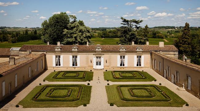 Chateau de Fombrauge, one of the hotels part of the France Elite; Cosmopolitan Paris & Regal Bordeaux tour.