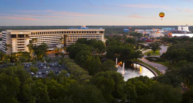 Hilton Orlando Lake Buena Vista.