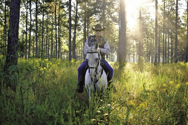 Horse-back riding at Honey Lake Plantation, courtesy of Hernando County Tourism Bureau