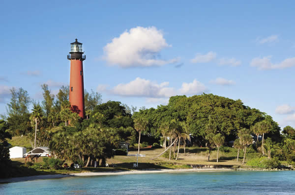 Jupiter Inlet Lighthouse & Museum, courtesy of Palm Beach CountyConvention & Visitors Bureau