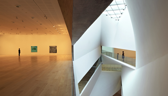 The Herta and Paul Amir Building at the Tel Aviv Museum of Art.