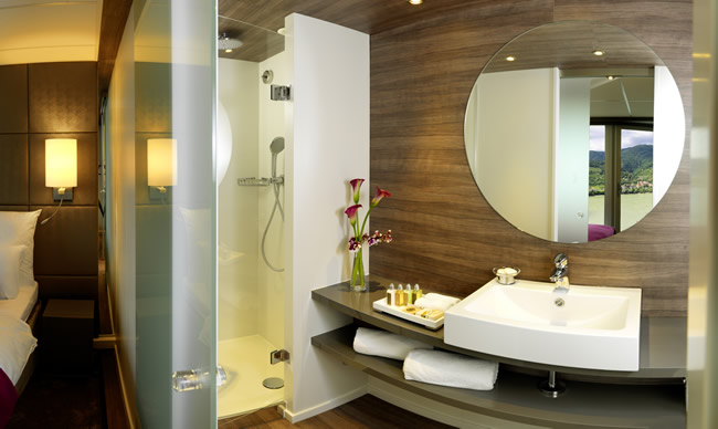 Amadeus Silver Suite Bathroom.