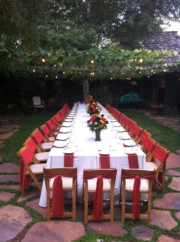 Outdoor wedding at El Portal Sedona in Arizona