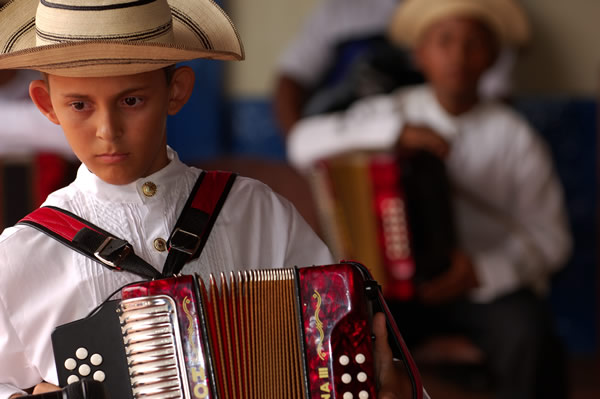Panama's traditions are kept alive in music and dress