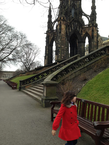 Sightseeing in Edinburgh.