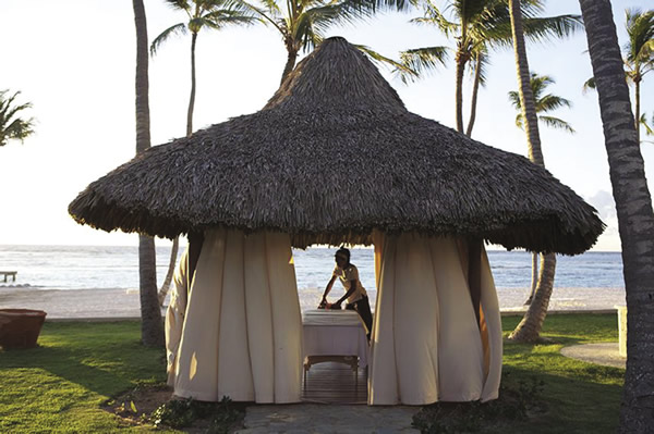 The new Club Med Spa by L'Occitane offers treatments in outdoor palapas.