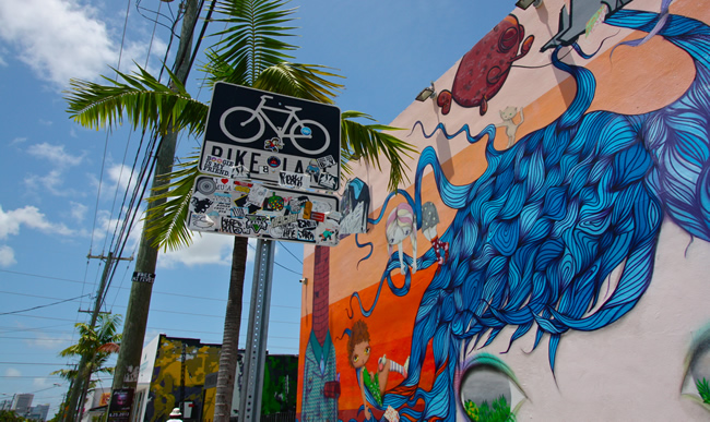 Wynwood Art Walk Tours. (Photo courtesy of Kasey Billitz and Wynwood Art Walk.)