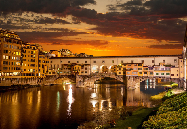 Arno River and Ponte Vecchio in Florence, Italy. (Photo courtesy of Perillo's Learning Journeys.)
