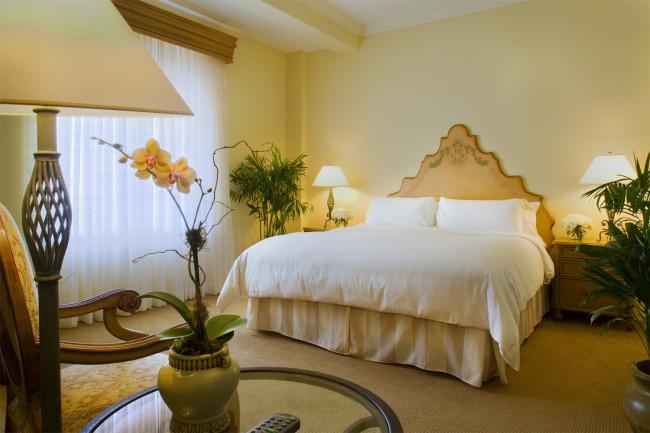 The Biltmore Hotel's suites.