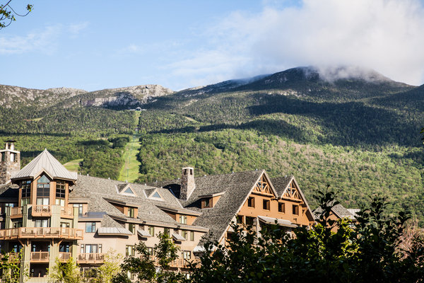 The Stowe Mountain Lodge in Vermont. (Photo Courtesy of  Destination Hotels & Resorts.)