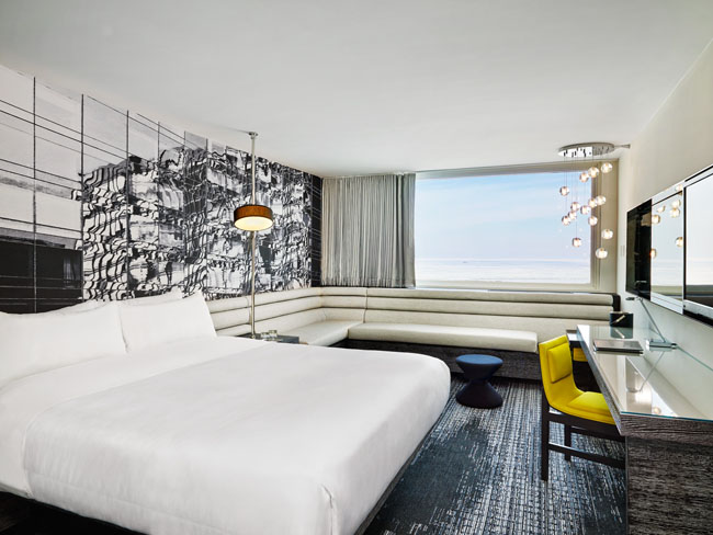 The W Lakeshore's King Guestroom.