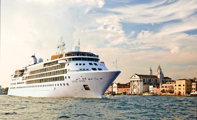 Silverselect ship sailing the Mediterranean.