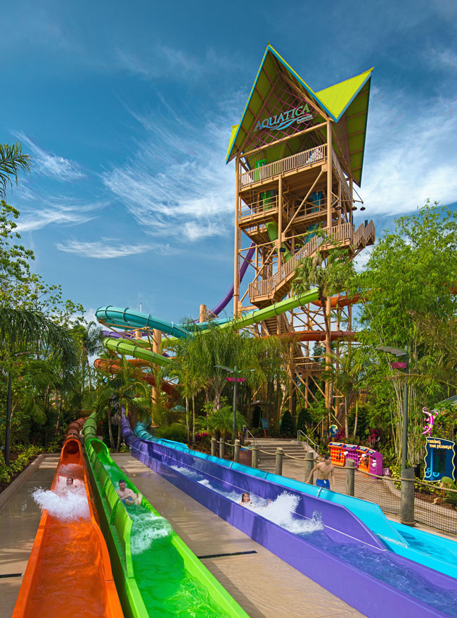 Ihu's Breakaway Falls  at Aquatica Orlando.