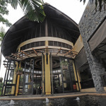 Main entrance to Koh Samui's New Star, a top-rated hotel on one of Thailand's most popular islands.