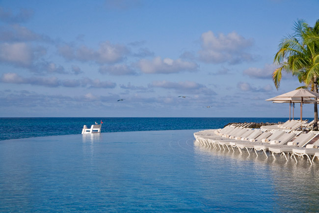 The Infinity Pool at Grand Lucayan.
