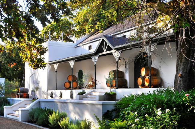Mont Rochelle Hotel and Mountain Vineyard in Franschhoek opens.