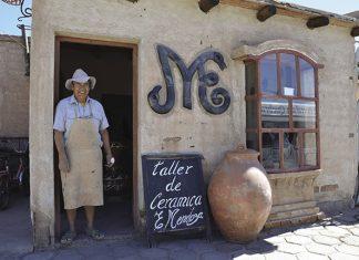 Visitors on Culture Xplorers' Argentina: True North itinerary visit a ceramic workshop.