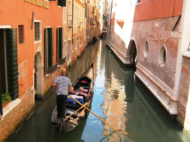 Venice Walking Tour and Gondola Ride. (Photo courtesy of Viator.)