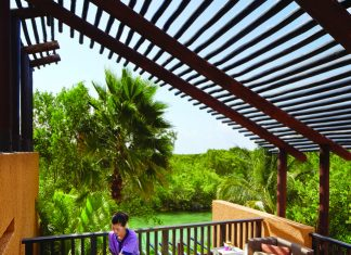 Spa_Outdoor_Spa_Treatment at Banyan Tree Mayakoba