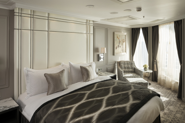 Crystal Cruises Serenity penthouse bedroom.
