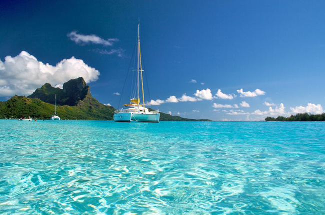 Huahine, Tahiti Yacht Charters.