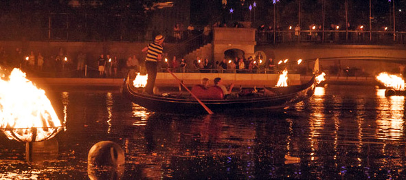WaterFire event takes place in Providence this fall. (Photo credit: Sam Henry Photography.)