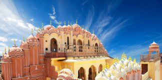Visit Hawa Mahal with Asian Vistas.