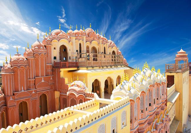 Visit  Hawa Mahal in Jaipur, India with Asian Vistas.