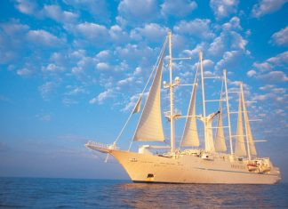 Windstar sails to Tahiti.(Photo courtesy of Windstar Cruises.)