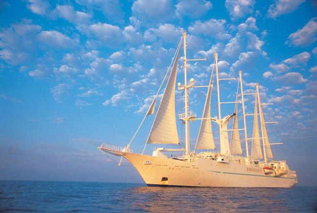 Windstar Cruises sails to Tahiti. (Photo courtesy of Windstar Cruises.)