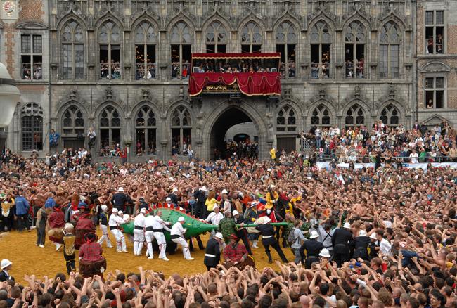 Mons Fete Doudou. (Photo courtesy of the Belgium Tourist Office.)