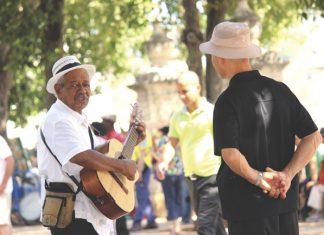 Havana street singer
