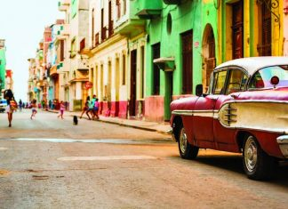 A vintage car on the streets of Havana.(Photo courtesy of Travoca.)