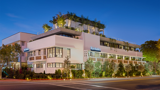 Kaskades Suites at Gale South Beach.