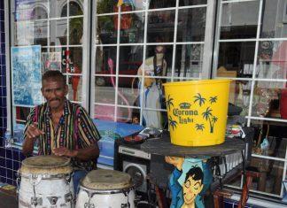 Little Havana, Miami (Michelle Marie Arean).