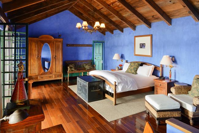 A guestroom in Casa Palopo.