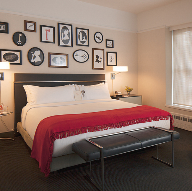 The Deluxe King guestroom at Martha Washington. (Photo credit: Todd Eberie.)