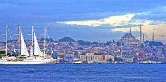 Windstar offers summer savings for Greece and Turkey sailings.