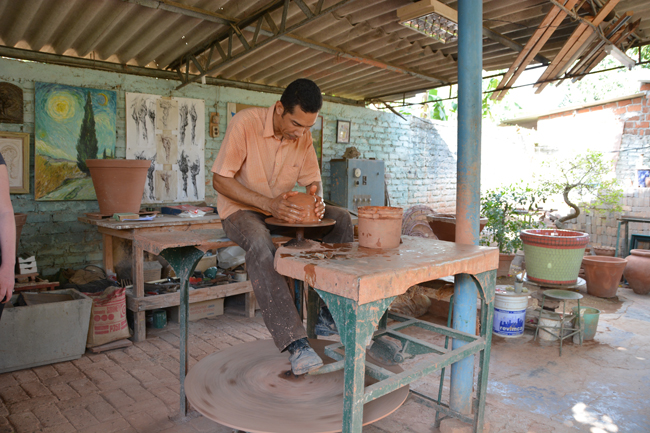 Pottery-making in Camaguey with the Casanova family. (Photo courtesy of Cuba Travel Services.)