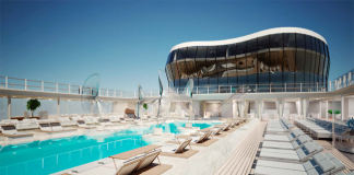 The MSC Meraviglia pool.