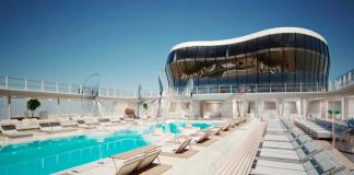 The MSC Meraviglia pool.