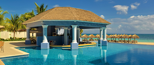 IBEROSTAR Hotels & Resorts offers guests luxury, all-inclusive resorts in Mexico and the Caribbean.