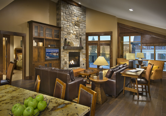 Guests can take onslopes, trails and a22-inch half pipe at theWelk Resorts Northstar Lodgein California.