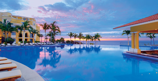 AMResorts' Dreams Los Cabos Suites Golf Resort & Spaunveiled its newly renovated lobby,restaurants and lounges, fitness center and suites to guests during its grand opening on Oct. 1.