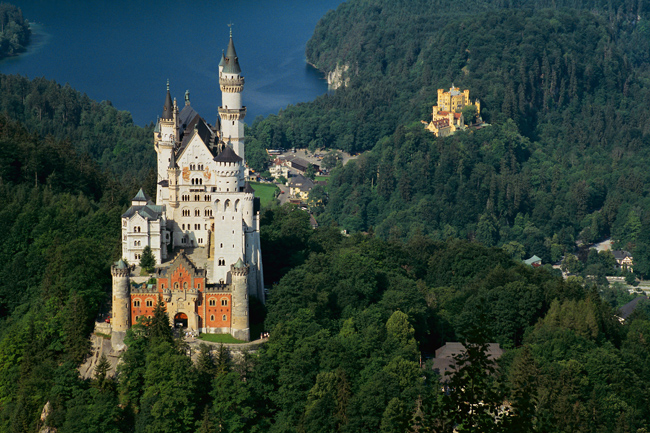 Odysseys Unlimited'snew Classic Germany small groups tourfeatures all of country's must-see attractions, includingHeidelberg andNeuschwanstein castle.