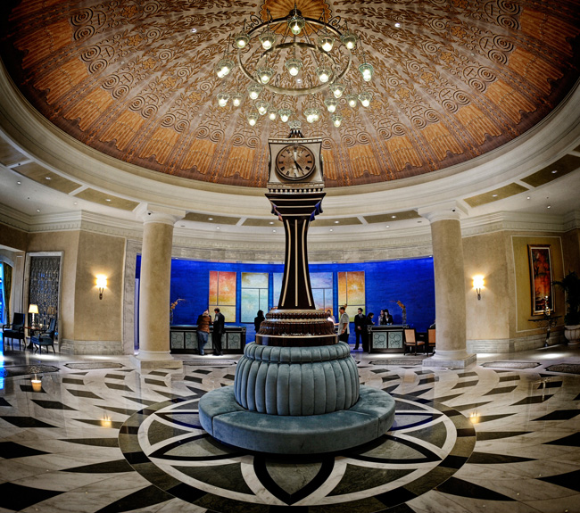 TheWaldorf Astoria Orlando is now allowing guests to check into theirguestrooms via smartphone usinga new feature on theHilton HHonorsapp.