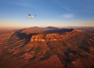 Bush Pilots Scenic Flight, Wilpena Pound. Credit: South Australian Tourism Commission